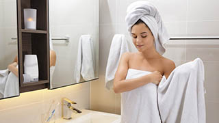 6 Surprising Things Your OB/GYN Wishes You'd Stop Doing After You Shower | Romper